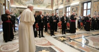 Pope: Catechists are evangelizers who transmit the Eucharist they live